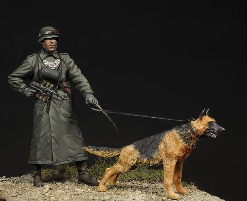 German Felgendarme with Guard Dog